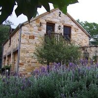 The Mews Studio, couples retreat - Hunter Valley Hunter Valley Wedding, Stone Veneer, Travel Images, South Wales, Outdoor Entertaining, Newcastle, Cladding, Houses, Exterior