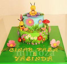 MAYA THE BEE BİRTHDAY CAKE - Cake by MimozaCakes - CakesDecor