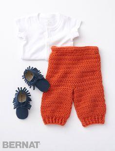 Smarty Pants crochet pattern - yarnspirations little forest friends