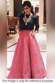 Bollywood fashion 642396334317656218 - Chitrangada Singh a hot dress. Diwali Fashion, Bollywood Fashion, Indian Fashion, Bollywood Saree, Indian Attire, Indian Ethnic Wear, Indian Outfits, Lehenga Designs, Indian Designer Outfits