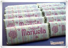 barrinhas de chocolate com rótulos personalizados