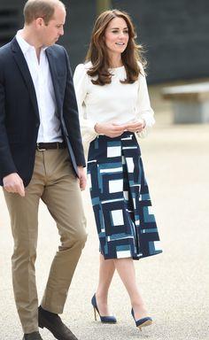 Kate Middleton Banana Republic Skirt May 2016   POPSUGAR Fashion