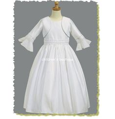 We have one of the widest selections of First Communion Dresses in Michigan. We provide a range of styles, colors, fabrics and a comprehensive choice for parents to choose from at nominal prices.