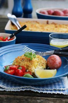FISKEGRATENG MED PARMESAN OG BASILIKUM Frisk, Fish And Seafood, Parmesan, Cod, Potato Salad, Recipies, Chicken, Breakfast, Healthy