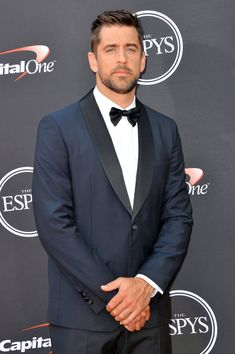 LOS ANGELES, CA - JULY 18: Aaron Rodgers attends The 2018 ESPYS at Microsoft Theater on July 18, 2018 in Los Angeles, California. (Photo by Allen Berezovsky/FilmMagic) Alabama Football, Pittsburgh Steelers, Dallas Cowboys, Giants Baseball, Aaron Rogers, Bobby Wagner, Rodgers Green Bay, Go Pack Go, Shailene Woodley