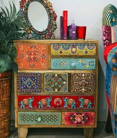 Boho Style Furniture Designs to Enhance the Beauty of Home - Diy Home Decor Boho Furniture, Boho Style Furniture, Bohemian Decor, Bohemian Furniture, Home Decor, Paint Furniture, Furniture Makeover, Funky Painted Furniture, Bohemian Inspiration
