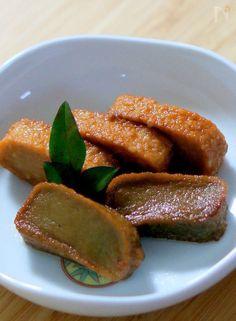 生麩を揚げて煮たものでお節料理のひと品です。