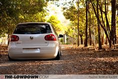 VW MK5 by the-lowdown.com