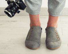 Серые туфли, благодать, серые, ручной работы, балетки, кожаные туфли, на Тамар Шалем на etsy