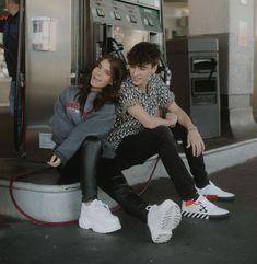 American Girl Cakes, American Guy, Cute Celebrity Couples, Cute Couples Goals, Couple Goals, Famous Couples, Famous Girls, Parejas Goals Tumblr, Josh Richards