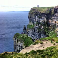 Take a day trip to the Cliffs of Moher #Ireland.... Be there in MARCH! :-)