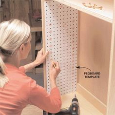 Bookcase and Shelf tips. Peg-type supports dress up plain shelves Or use the peg board as a template to make the holes where needed. Woodworking Toys, Woodworking Projects, Woodworking Guide, Welding Projects, Workshop, Drilling Holes, Craft Storage, Paper Storage, Craft Organization