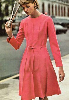 Belinda Bellville De Fil en Aiguille - May 1973