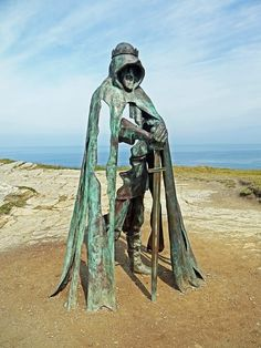 The new statue of King Arthur on the top of Tintagel cliffs.Created by Rubin Eynon
