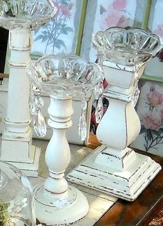 Look how chic these wooden candle holders have become with a fresh coat of paint and bobeches and crystals. Craft and DIY Projects and Tutorials Wood Crafts, Diy Crafts, Spindle Crafts, Wooden Candle Holders, Shabby Chic Candle Holders, Style Deco, Vintage Shabby Chic, Decoration Table, House Decorations