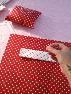 How to Make a Santa Sack #Christmas #sewing #stocking