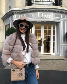 Popular Fall Outfits To Inspire You - Fashion Idea Autumn Fashion 2018, Fall Fashion Trends, Winter Fashion Outfits, Fall Outfits, Work Outfits, Fashion Fashion, Casual Outfits, Fox Coat, Fox Fur Jacket