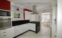 Apartamento 4 dorm, 4 suíte, 270,00 m2 área útil, 378,00 m2 área total Preço de venda: R$ 1.400.000,00 Código do imóvel: 1311