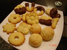 Biscoitinhos de massa frolla Chocolate, Doughnut, Potatoes, Sweets, Cookies, Fruit, Vegetables, Breakfast, Desserts