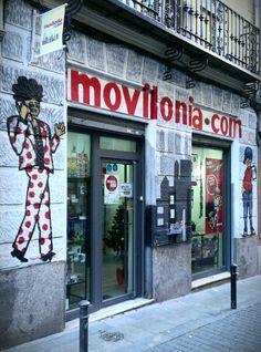 Borja: fachada tienda movilonia
