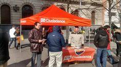 Desde Zaragoza, llevando el mensaje de Ciudadanos - C's Aragón a los Zaragozanos en la Plaza de España el Domingo 8 de Febrero.
