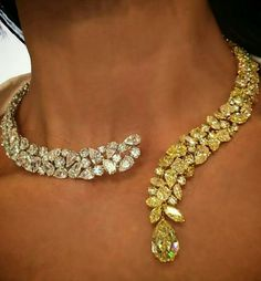 I love the design & the yellow diamonds