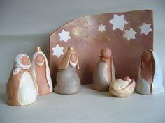 Crèche de Noël en terre cuite                                                                                                                                                                                 Plus