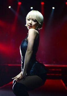 AOA チョアのセクシーダンス画像018