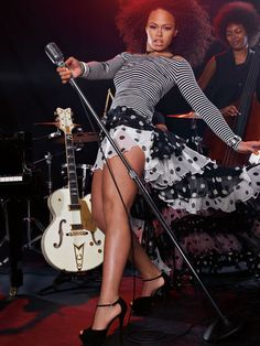 My new crush LOL.  ELLE VARNER  Kelly Rowland still my #1