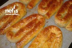 Kıymalı Çıtır Kol Böreği Tarifi Meat Recipes, Cookie Recipes, Dessert Recipes, Desserts, Armenian Recipes, Turkish Recipes, Armenian Food, Salty Foods, Sweet And Salty