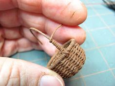 DIY Tutorial on how to weave this tiny basket from crochet thread. and a whole lot more mini furniture directions Diy Projects To Try, Craft Projects, Miniature Furniture, Dollhouse Furniture, Diy Furniture, Miniture Things, Thread Crochet, Miniature Dolls, Diy Tutorial