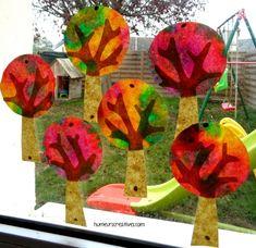 Arbres d'automne en attrapes-soleil - Petite Section, Autumn Art, Watermelon, Activities, Fruit, Fall, Crafts, Painting, Alice
