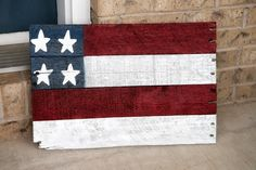 Pallet flag.  Pallets, spray paint, painted stars. crafts-i-made-from-pinterest