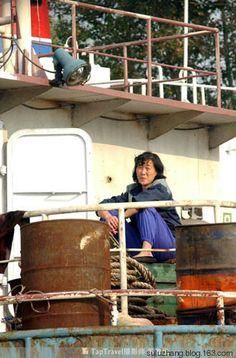 ▼19Mar2014深圳新闻网|一窥朝鲜人鸭绿江边的生活 http://www.sznews.com/photo/content/2014-03/19/content_9239881.htm #Yalu_River #NKorea #North_Korea #DPRK #PRK #Corea_del_Norte #Coree_du_Nord #Nordkorea