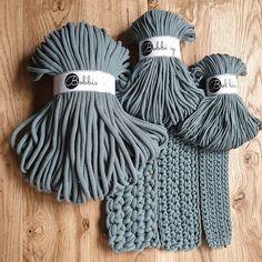 Bobbiny (@hello_bobbiny) • Zdjęcia i filmy na Instagramie Laurel, Macrame Design, Macrame Knots, Junior, Yarn Colors, Paracord, Crochet Projects, Squad, Winter Hats