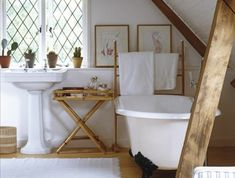 Badezimmer badezimmer-landhaus-balkendecken-design