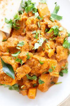 Tempeh Cauliflower Potato Tamarind Curry - Vegan Richa Delicious Vegan Recipes, Raw Food Recipes, Indian Food Recipes, Cooking Recipes, Ethnic Recipes, Cooking Tips, Dinner Recipes, Dessert Recipes, Cauliflower Potatoes