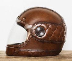 Resultado de imagem para best helmets for cafe racer Bobber Custom, Custom Helmets, Custom Bikes, Leather Motorcycle Helmet, Motorcycle Gear, Bonneville Motorcycle, Women Motorcycle, Cafe Racer Casco, Cx 500
