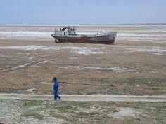 A ÁGUA ESTÁ SUMINDO: O CASO DO MAR ARAL E OUTROS: Morte do Mar Aral