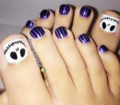 """skeleton on toe nails Awesome Halloween Toe Nail Art Designs For Horror Junkies!""--Christmas toe nail art for Tim Burton fans Simple Toe Nails, Pretty Toe Nails, Cute Toe Nails, Toe Nail Art, My Nails, Pretty Toes, Halloween Toe Nails, Halloween Nail Colors, Halloween Makeup"
