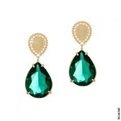 Brinco base gota e pedra natural verde esmeralda folheado em ouro 18k
