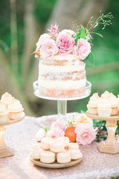 Pastel and gold wedding ideas Peach Wedding Colors, Pink And Gold Wedding, Spring Wedding Inspiration, Wedding Ideas, 100 Layer Cake, Elegant Cakes, Mini Cakes, Cakes And More, Let Them Eat Cake