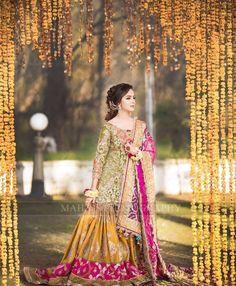 New pakistani bridal dresses Pakistani Mehndi Dress, Pakistani Bridal Couture, Bridal Mehndi Dresses, Pakistani Wedding Outfits, Designer Bridal Lehenga, Bridal Dress Design, Wedding Dresses For Girls, Bridal Outfits, Pakistani Dresses