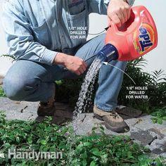 Gooi die grote wasmiddel-flessen niet weg maar maak er de meest ideale gieter van!