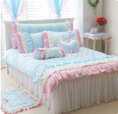 Find More Information about BLUE Luxury bed kit PURPLE cake ruffle cotton bed duvet cover Queen King Free shipping BEDHEAD COVER CUSHION quilt HEART pillow,High Quality beddings sets,China pink queen bedding Suppliers, Cheap set bedding from Queen King Bedding Set  on Aliexpress.com