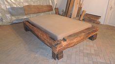 Betten - Bett aus alten Eichebalken, historisches Fachwerk - ein Designerstück von michaswald bei DaWanda