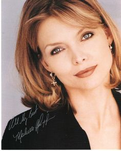 Love her cut and color   Michelle Pfeiffer