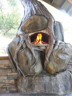 Natural Creations Wood Fired Pizza Oven in the Shape of a Tree! Only by Natural Creations / Oregon - The BrickWood Ovens Forum - A place to discuss all things about Outdoor DIY Wood Fired Pizza Ovens and how to build them from the ground-up using Locally Brick Bbq, Brick And Wood, Wood Fired Oven, Wood Fired Pizza, Wood Oven, Pizza Oven Kits, Pizza Ovens, Bricks Pizza, Pizza Oven Outdoor
