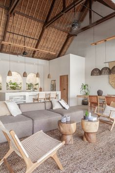 Earthy Home Decor, Natural Home Decor, Nature Decor, Natural Modern Interior, Living Room Natural Decor, Natural Bedroom, Natural Homes, Boho Living Room, Home And Living