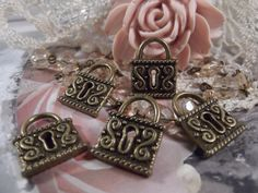 Antique Bronze Victorian Lock Charm  5 Pieces  by CrystalandRust